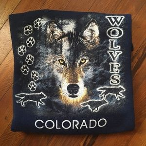 Vintage crew neck with wolf graphic from Colorado